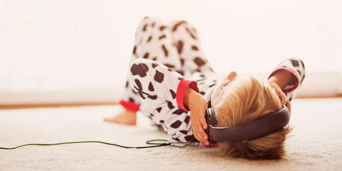 boy pyjamas headphones